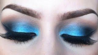 Vibrant Blue Eyeshadow Tutorial - Sigma Resort Inspired Look.