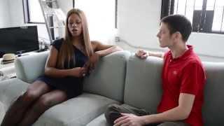 Laverne Cox (sub En Español) I'm From Mobile, AL) Historias De Transexuales