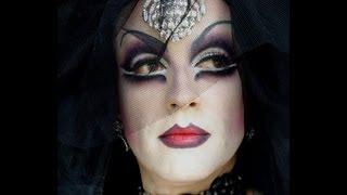 Sexy Vampire Or Dark Widow Drag Queen Halloween Makeup