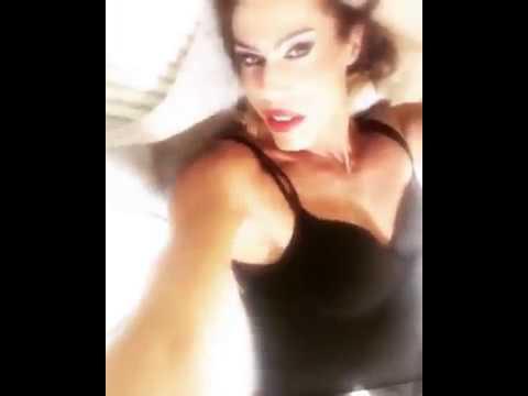 Valentine Vidal sexy italian transgender Queen performer
