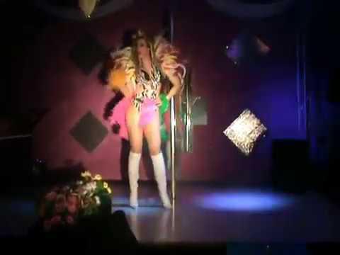 Valentine Vidal performing 'Bate Lata' -Banda Beijo Brasil sexy drag Queen show