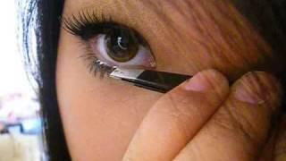 ☆ How To Apply False Lashes Top And Bottom ☆