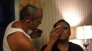 Drag Queen Make Up Tutorial Part 1